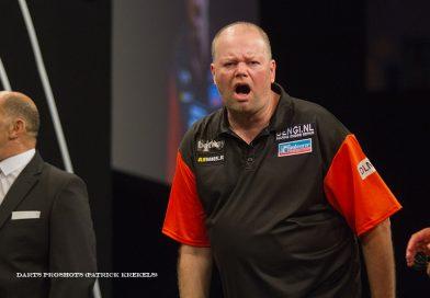 Barney klopt Lewis, MVG langs Wade, Perth Darts Masters